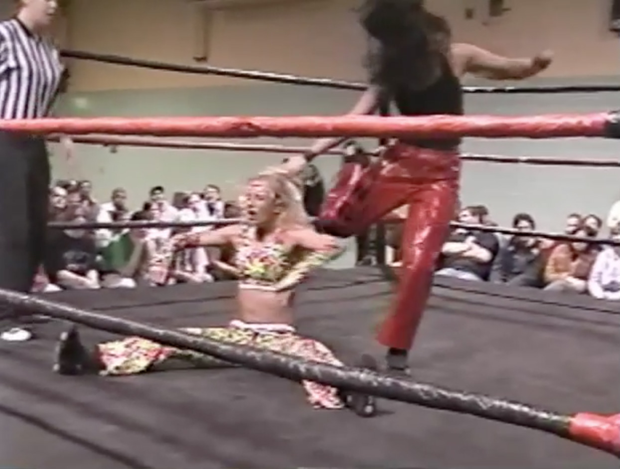 Allison Danger vs. Daizee Haze | ClickWrestle