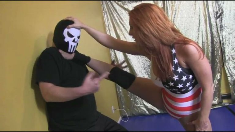 Jessie Belle vs. Dark Machine