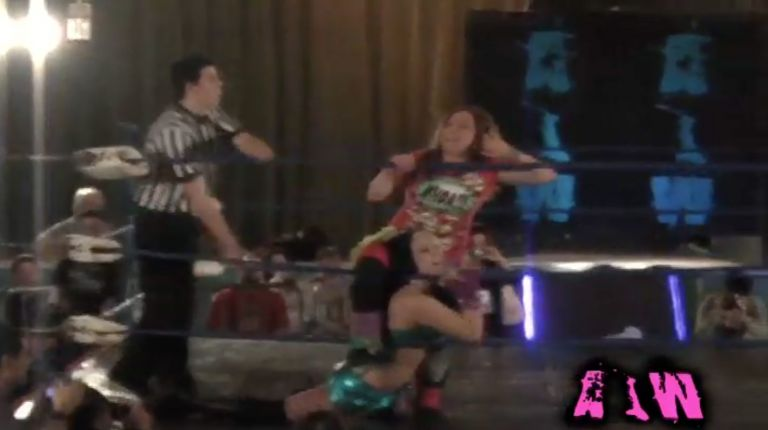 Roxie Cotton vs. Allysin Kay