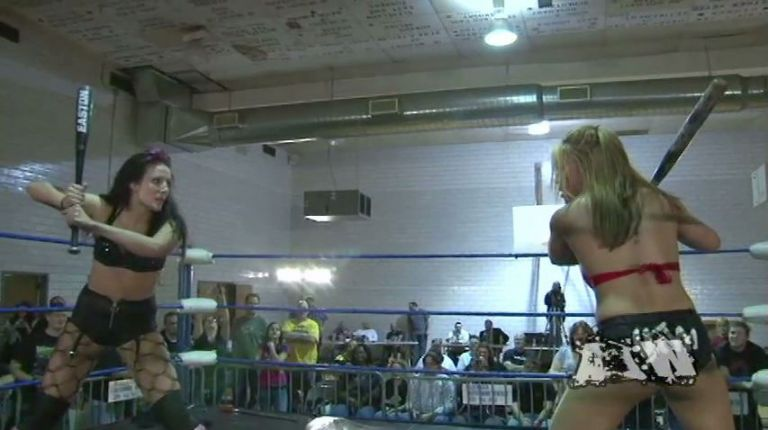 Allysin Kay vs. Mia Yim