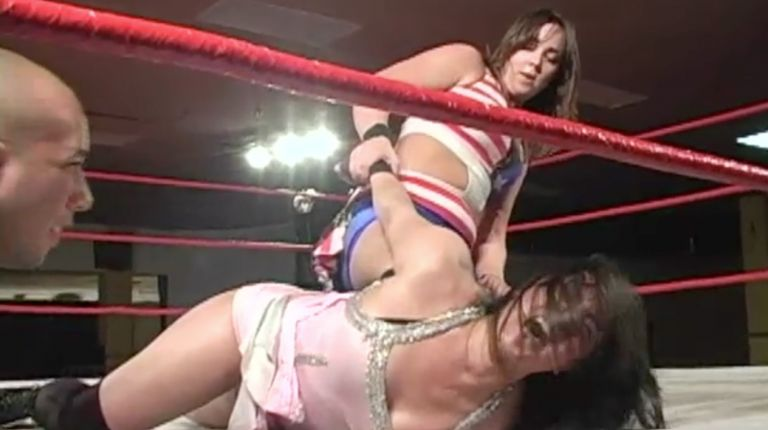 Sara Del Rey vs. Cheerleader Melissa