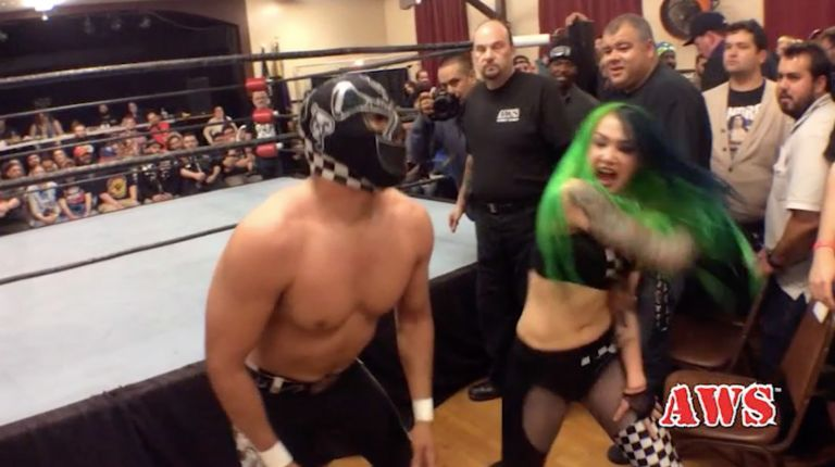 Shotzi Blackheart vs. El Mariachi Loco