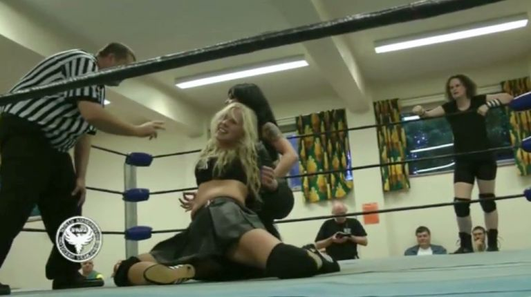 Jewel vs. Emma Ford & Kasey Owens