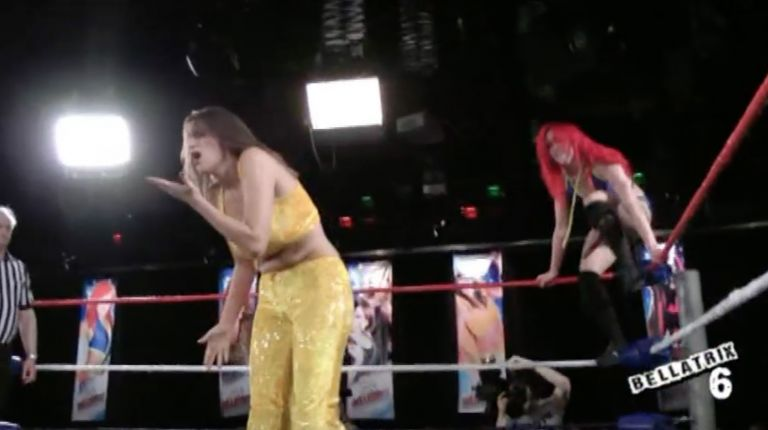 Queen Maya vs. Kay Lee Ray