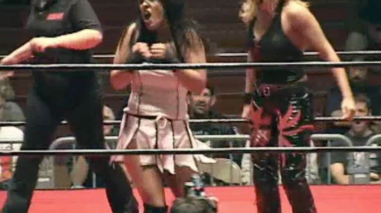 Mercedes Martinez vs. Cheerleader Melissa
