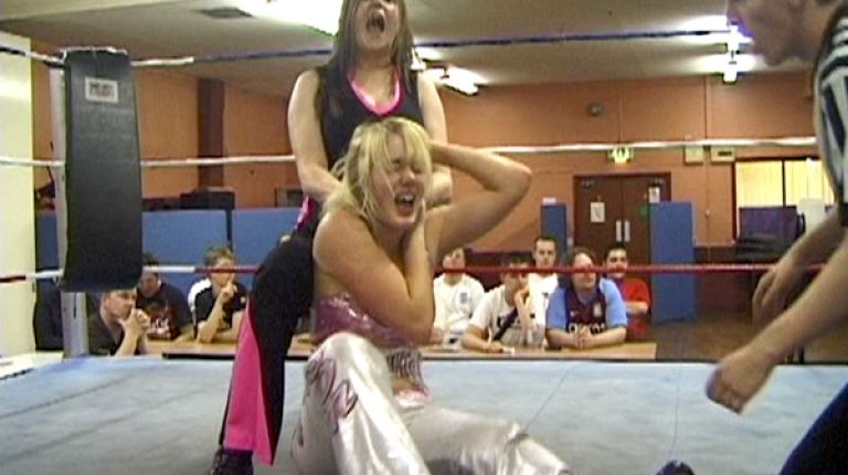 Hannah & Holly Blossom vs. Jetta & Wesna
