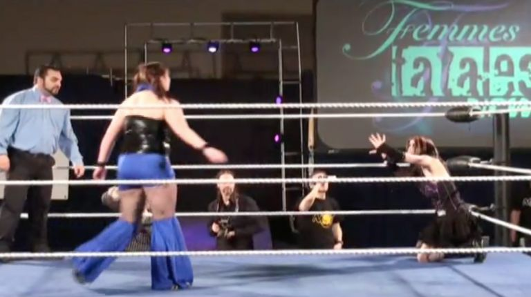 Evilyn Fox vs. Sabrina Kyle