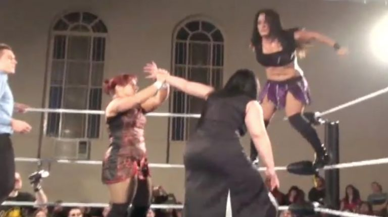 Cheerleader Melissa & LuFisto vs. Kalamity & Cat Power
