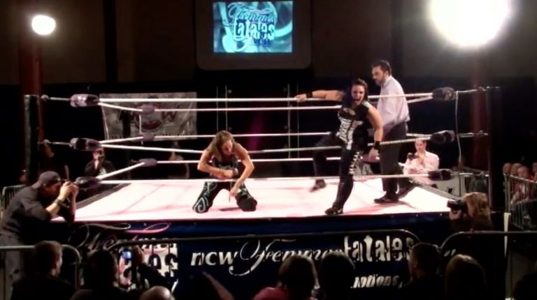 Kalamity vs. Mercedes Martinez
