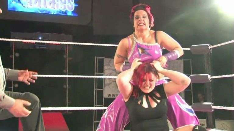 Saraya Knight vs. LuFisto