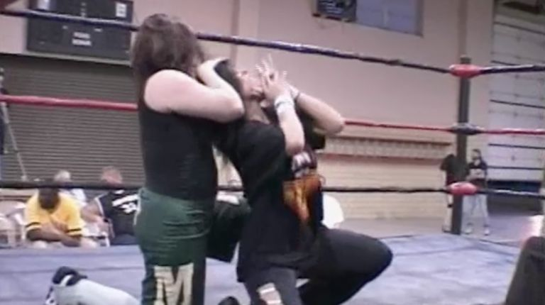 Traci Brooks vs. Mickie Knuckles