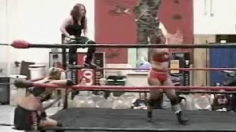 Lexie Fyfe vs. Mickie Knuckles vs. Daizee Haze