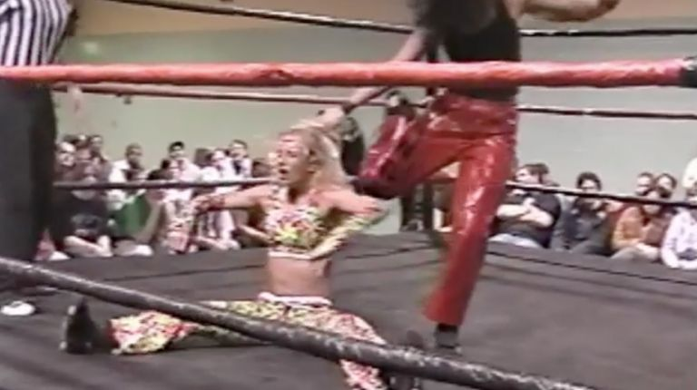 Allison Danger vs. Daizee Haze