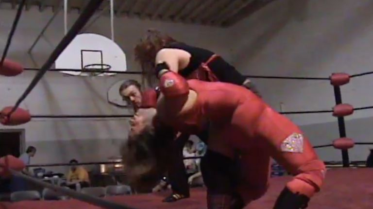Mickie Knuckles vs. Dymond