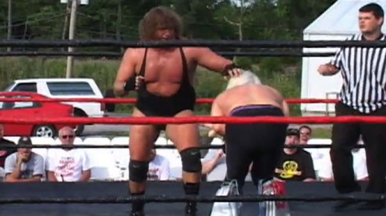 Ricky Morton vs. Tracy Smothers