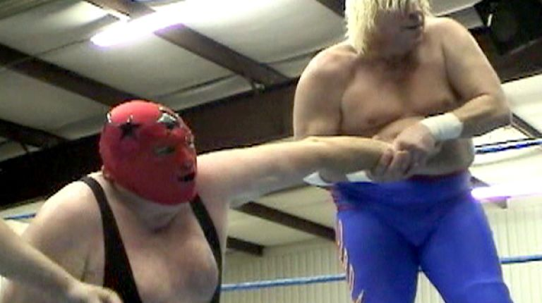 The Masked Superstar vs. Tommy Rich