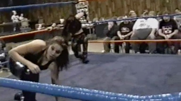 Mercedes Martinez vs. Stephanie Starr