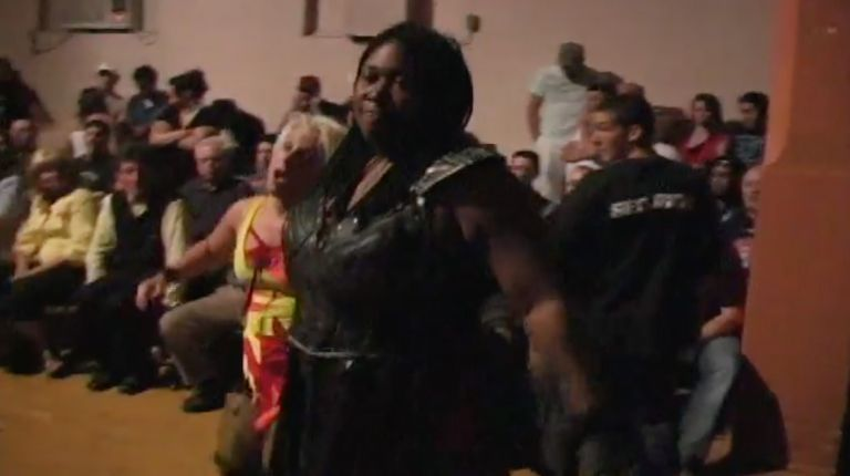 Awesome Kong vs. LuFisto