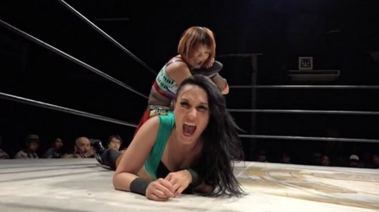 Cheerleader Melissa vs. Nanae Takahashi