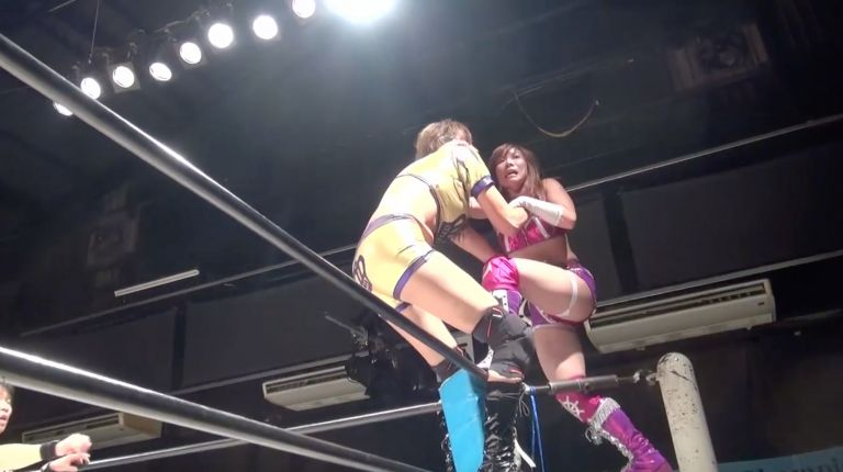Kairi Hojo vs. Queen Maya