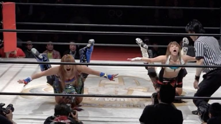 Star Fire & Mystique vs. Mayu Iwatani & Io Shirai
