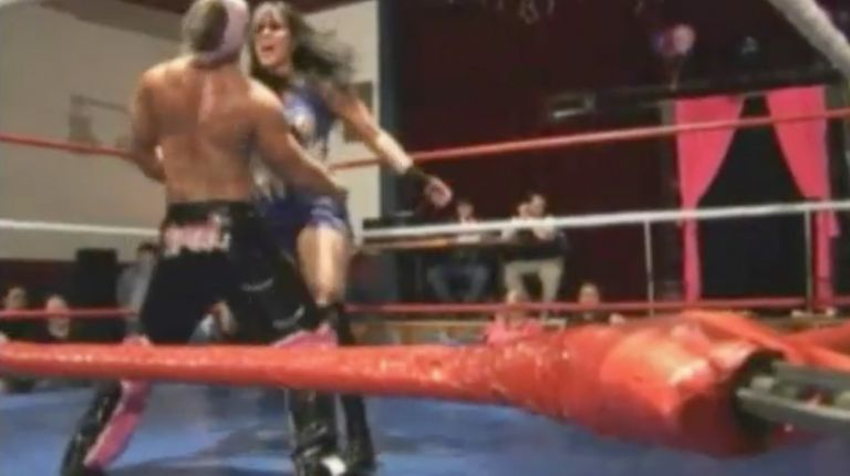 Cheerleader Melissa & Tiffany vs. Ladies Choice & Scotty Mac