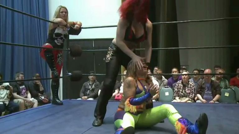 Nevaeh & Sassy Stephie vs. Heidi Lovelace & Solo Darling