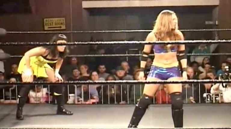 Cheerleader Melissa vs. Lacey