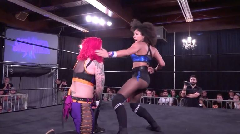 Marti Belle vs. LuFisto
