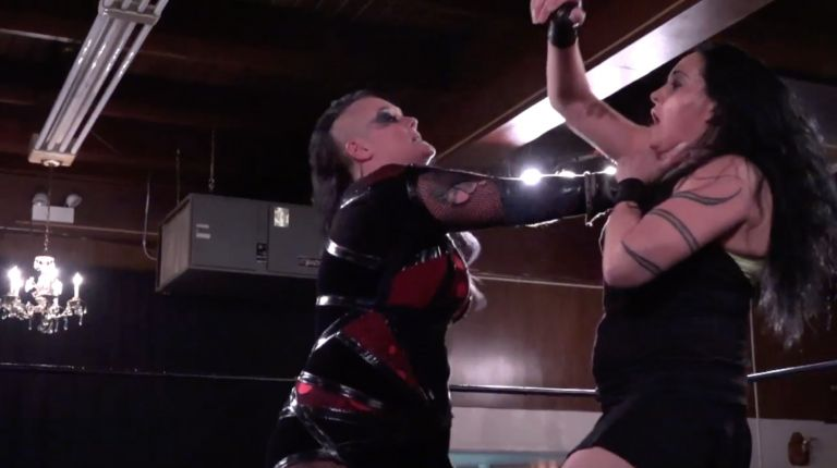 Melanie Cruise vs. Jessicka Havok