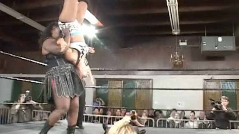 Ashley Lane & Nevaeh vs. Sara Del Rey & Amazing Kong