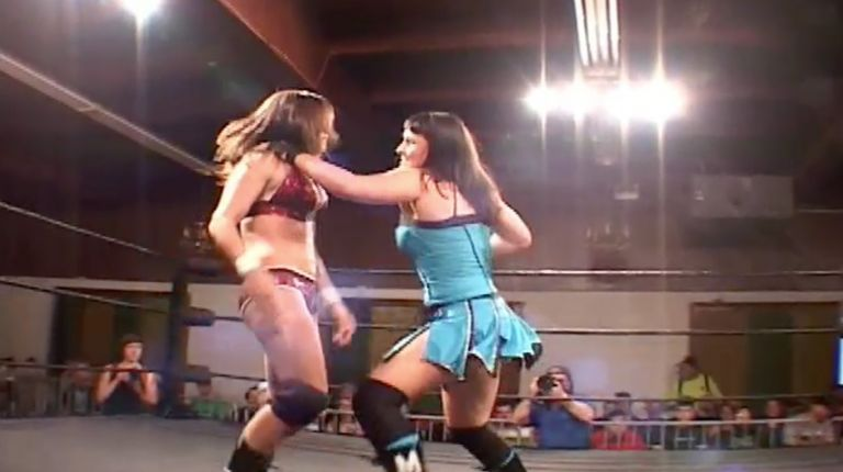 Cheerleader Melissa vs. Sarah Stock