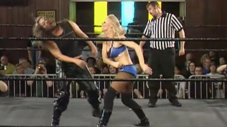 Amber O'Neal vs. Wesna Busic