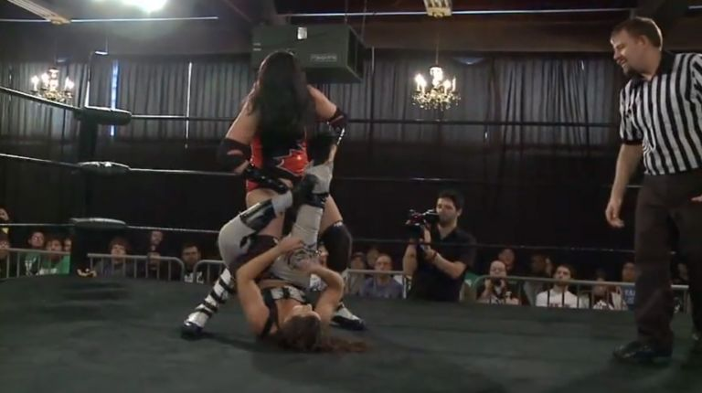 Courtney Rush vs. Nikki Storm
