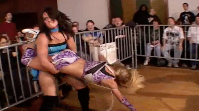 Daizee Haze vs. Cheerleader Melissa
