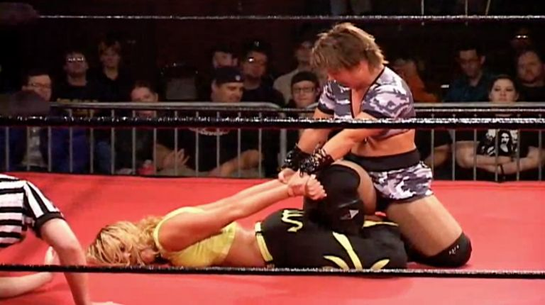 Mercedes Martinez vs. LuFisto