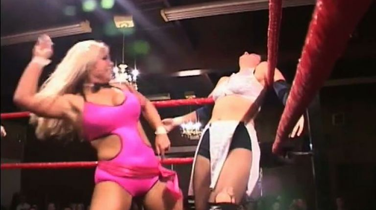 Allison Danger vs. Beth Phoenix
