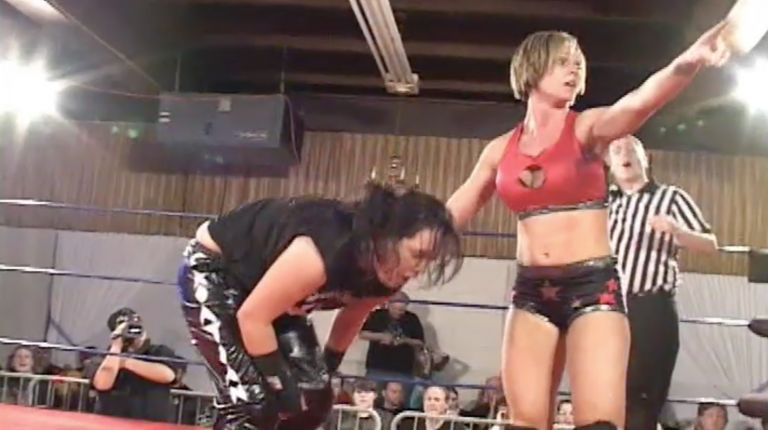 Nikki Roxx vs. Wesna Busic
