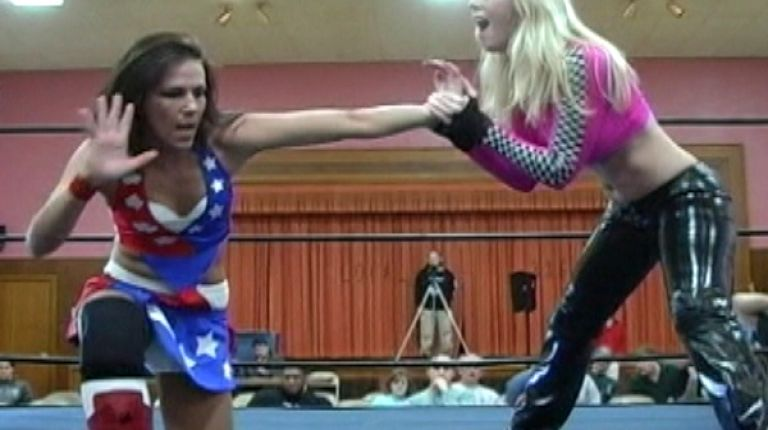 Allison Danger vs. Amber O'Neal