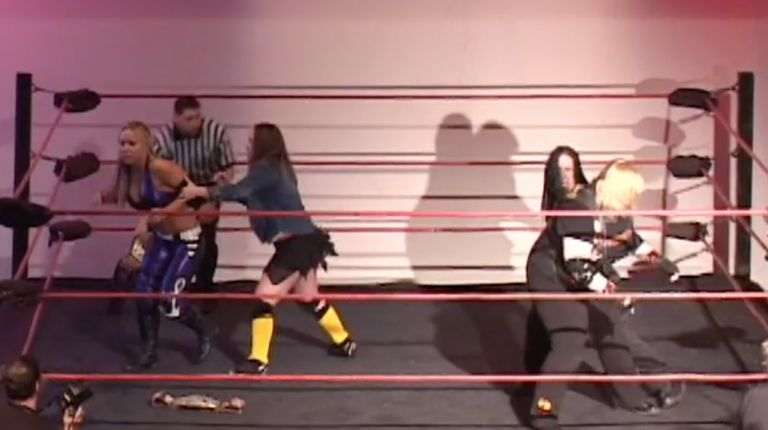 Roxie Cotton & Annie Social vs. Amy Lee & Taylor Wilde