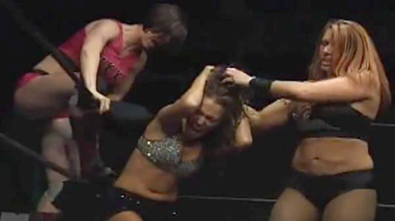 April Hunter & Nikki Roxx vs. Amber & Lexxus