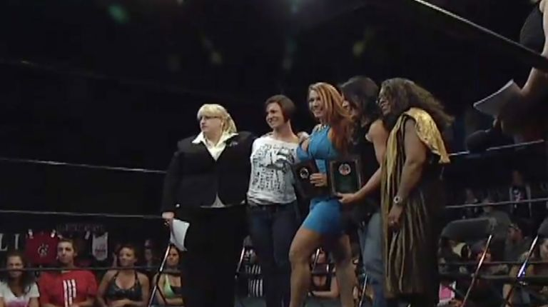 April Hunter, Ivory & Luna Vachon WSU Hall of Fame Induction