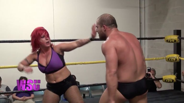 Chris Dickinson vs. LuFisto