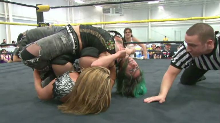 Jenny Rose vs. Christina Von Eerie