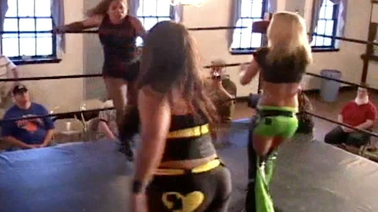 Alicia & Brooke Carter vs. Rain & Angel Orsini