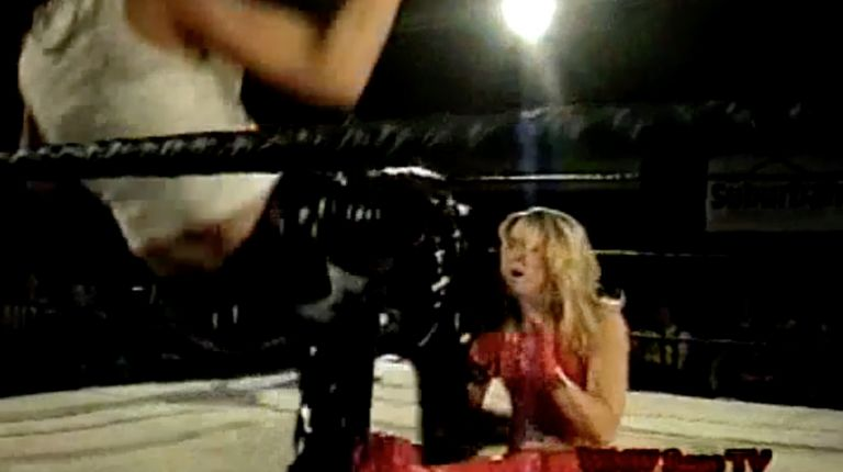 Mercedes Martinez vs. Amber O'Neal